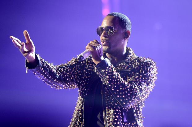 R. Kelly Allegedly Trained A 14 Year Old Girl To Be His