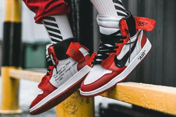 Off-White x Air Jordan 1 Release Details Announced  6579d5827