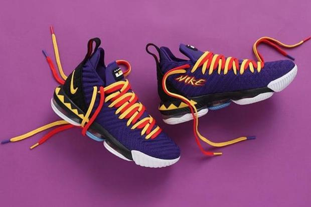 c317048c8ba Martin LeBron 16s dropping at 10am. https   www.hotnewhiphop.com nike-lebron -16-martin-releasing-today-purchase-links-news.77391.html