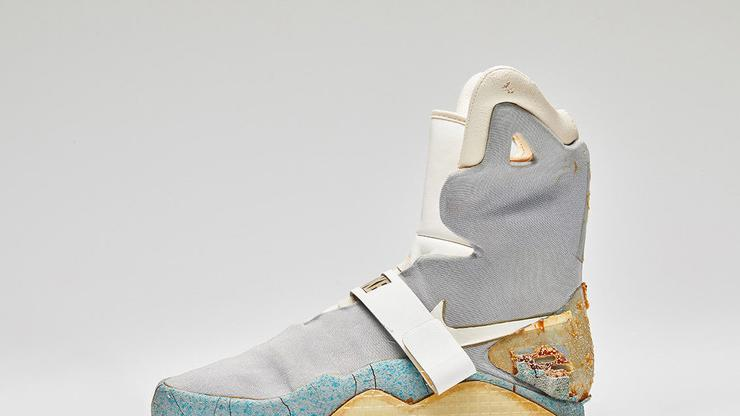 f2147e104cd Nike Air Mag Used In