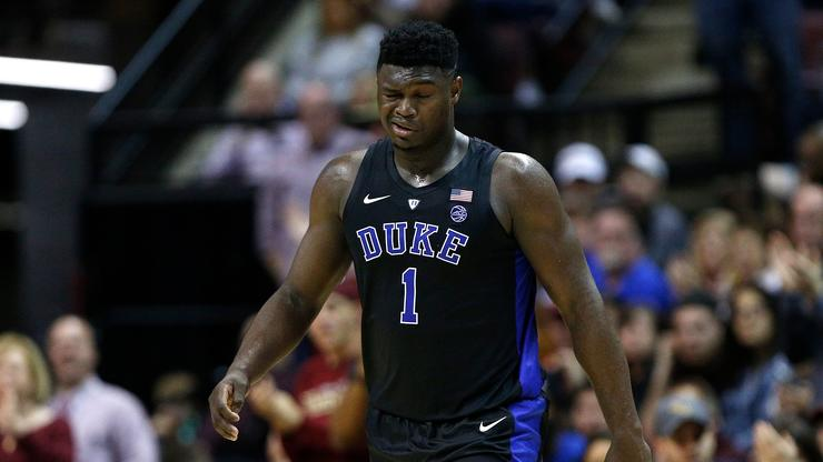 0464c63bc9b Duke s Zion Williamson Leaves FSU Game With Freak Eye Injury
