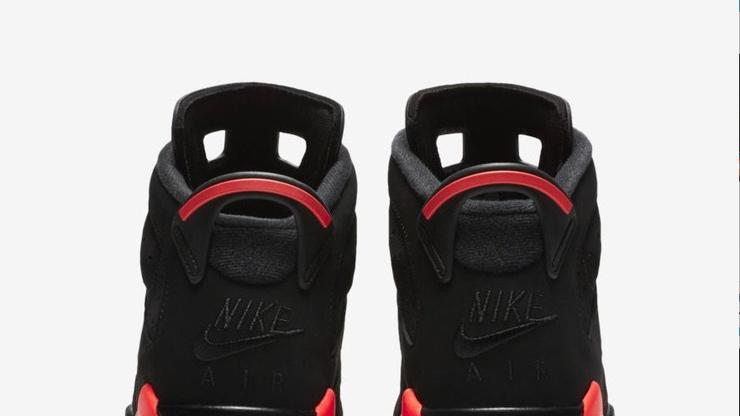 "hot sale online b9fbc 110a1 Air Jordan 6 ""Black Infrared"" Returning In Sizes For The Whole Family"