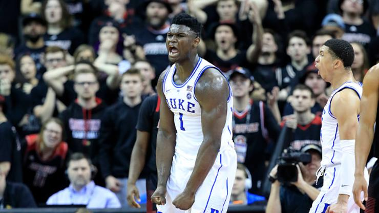 13e6420e7ce96 Zion Williamson Dents Basketball With Super Strength  Twitter Reacts