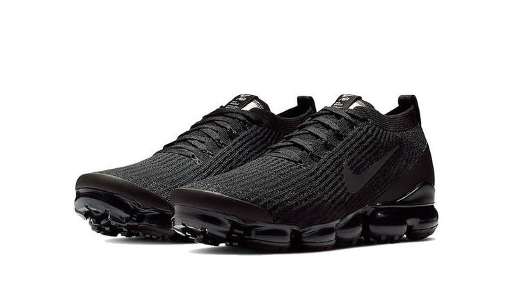 1b74ef3106be4 Nike Air VaporMax Flyknit 3.0 Gets An All-Black Makeover