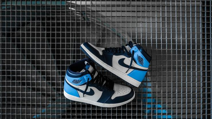 "meet 9a5e8 dbcb5 Air Jordan 1 ""Obsidian/UNC"" Releasing Today: Early Purchase ..."
