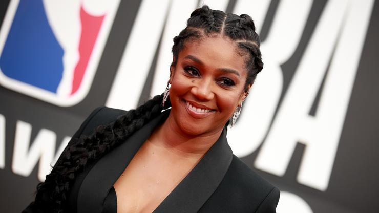 Tiffany Haddish Chops Off All Her Hair On Instagram Live - HotNewHipHop