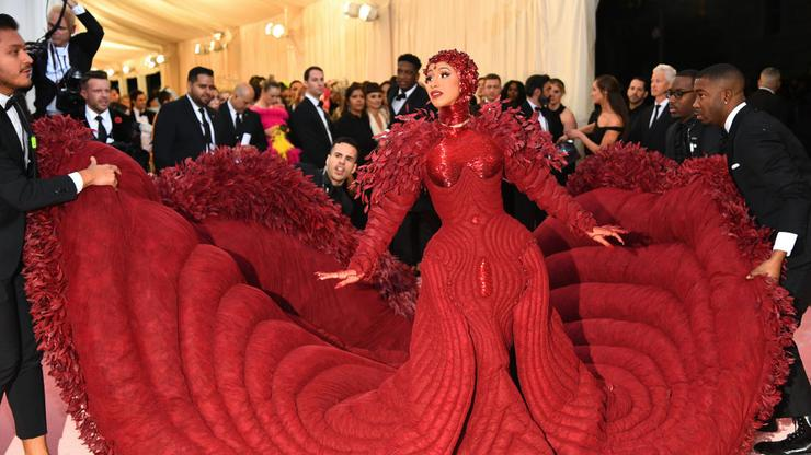 Cardi B Has Another Major Announcement - HotNewHipHop