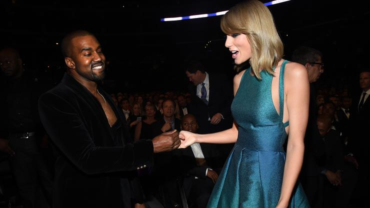 Kanye West Alludes To Taylor Swift Beef With Photo Of Snake - HotNewHipHop