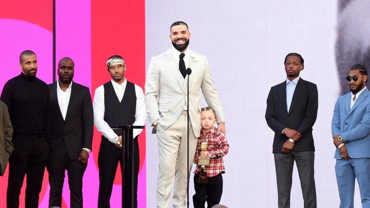 Drake Brings Adonis To Lakers Game But Doesn't Sit With Him