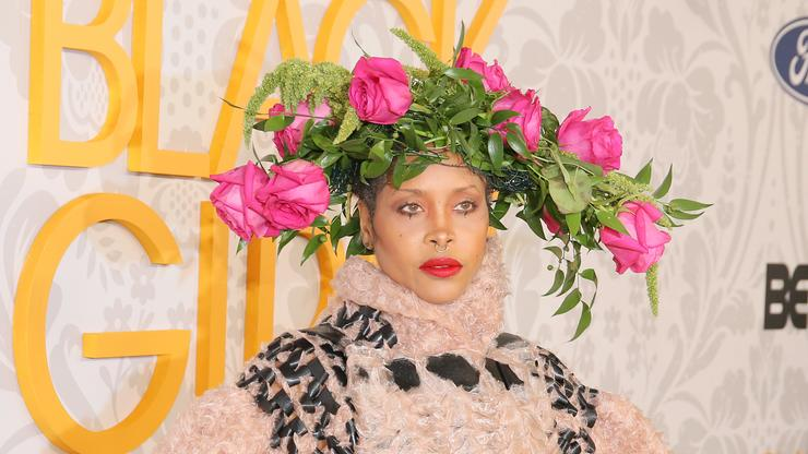 Erykah Badu Gifts Rihanna Her Signature Scent After Walking In Savage X Fenty Fashion Show